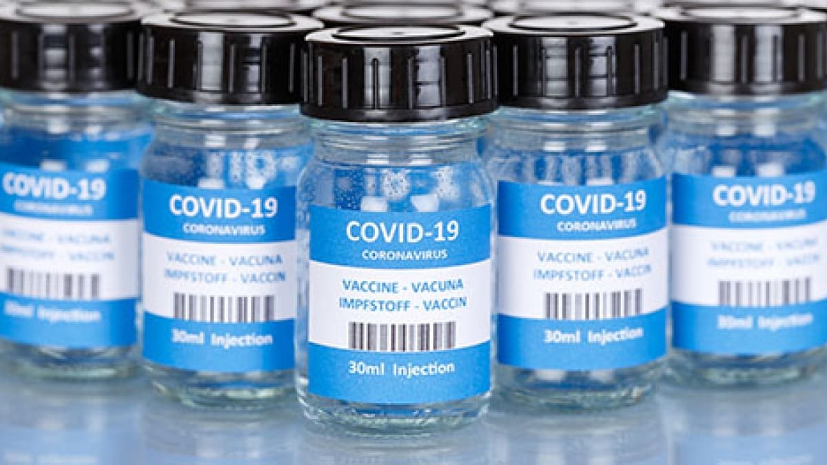 A photograph of covid 19 vaccines.